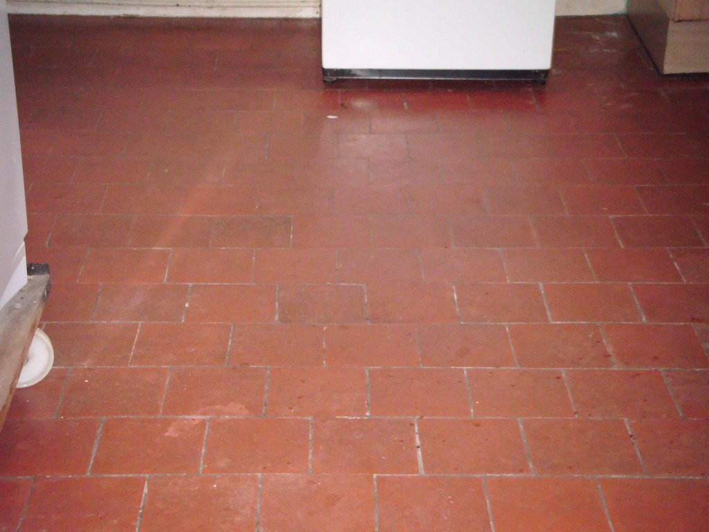 Leicestershire quarry tiled floors cleaning and sealing croft quarry tiles before cleaning dailygadgetfo Images