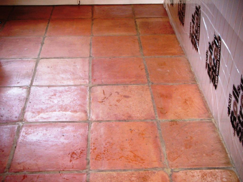 Stripping Terracotta Tiles Of Sealer Stone Cleaning And Polishing Tips For Terracotta Floors
